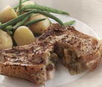 Pork_chops_with_blue_cheese