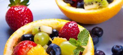 Fructe cu biscuiti