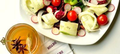 Salata mixta cu maioneza