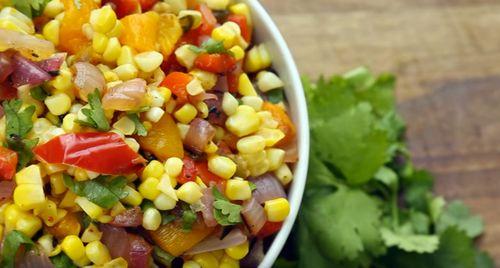 Salata de ţiri