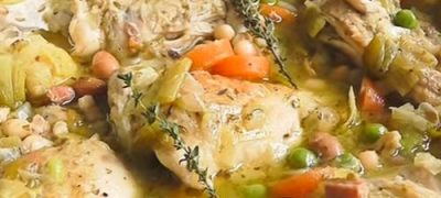 Chicken stew with cinnamon