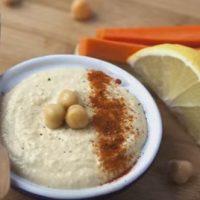 Hummus cu boia