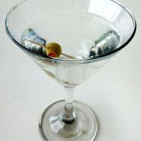 Ce bem de Revelion: Martini Dry