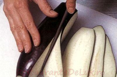 pachetele_de_vinete_umplute_cu_mozzarella