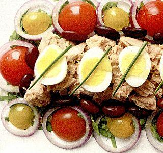 Salata de ton cu rosii bicolore