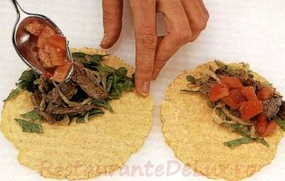 tortilla_cu_vita_si_sos_de_ceapa-_03