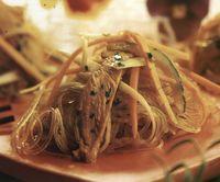 Noodles cu susansi parmezan