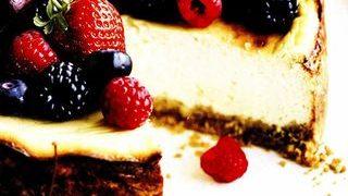 Cheesecake dietetic cu fructe de padure