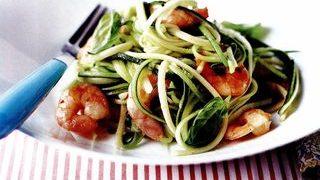 Spaghete cu legume colorate