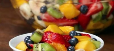 How to Make Rainbow Fruit Salad