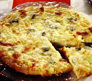 Pizza cu legume si spanac