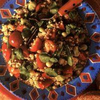 Salată de legume cu tarhon si nucă macinată