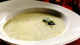 Supa rece de lapte praf si caise