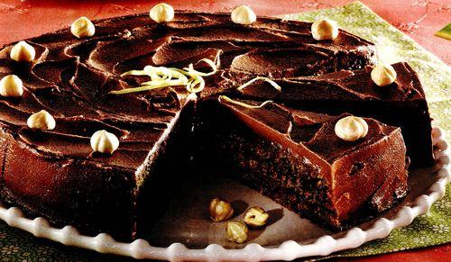 Tort de ciocolată, cafea şi fistic