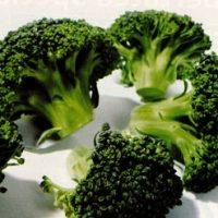 Broccoli cu tahini