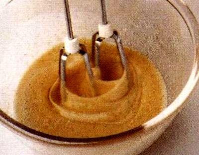 Prajitura cu pere caramelizate