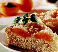Prăjitură cu branză, caise si coaja de lamaie