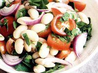 Salata de fasole alba cu morcovi