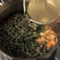 Supa de mazăre cu kaizer
