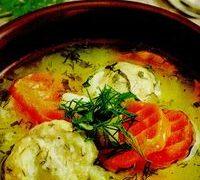 Supa din carne de gaina cu castraveti murati