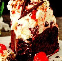 Tort cu ciocolata neagra si fructe