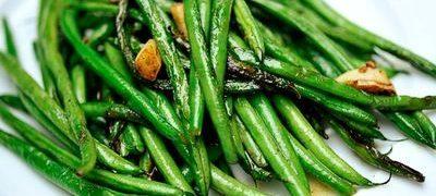 Sote de fasole verde cu wasabi