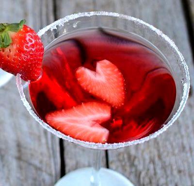 Cocktail cu aroma de piersici