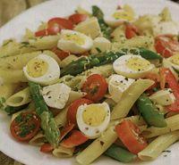 Salata cu sparanghel si oua