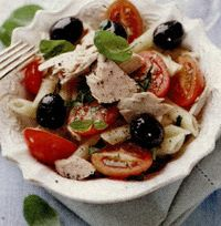 Salata de paste cu ton si busuioc