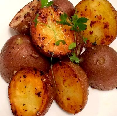 Cartofi la cuptor cu patrunjel
