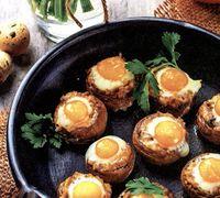 Ciuperci umplute cu oua