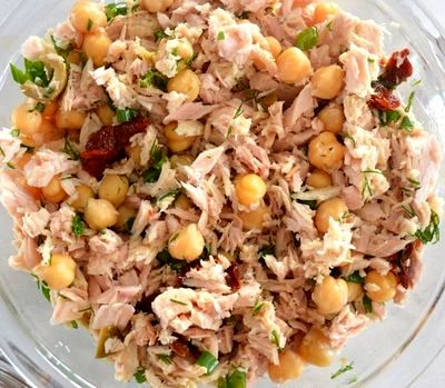 Salată de ton cu vinegreta