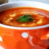 Supa de rosii picanta