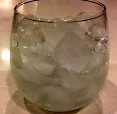 Cocktail cu bourbon si bitter