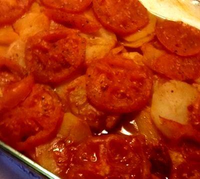 Musaca de cartofi cu vita si rosii