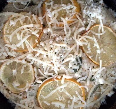 Focaccia cu aroma de lamaie