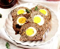 Rulada din carne tocata cu ou