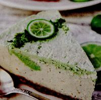 Cheesecake cu lamaie verde si fistic