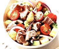 Salata cu ton si rosii cherry