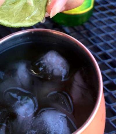 Cocktail cu votca si bere de ghimbir