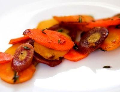 Morcovi sote cu aroma de cimbru