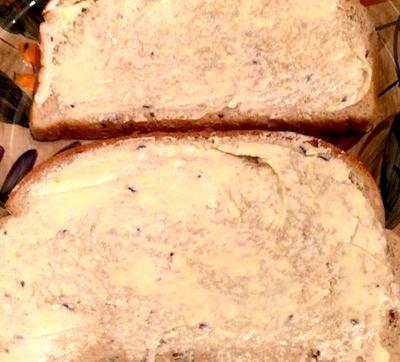Sandwich cald cu sunca de vita