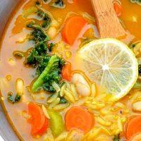 Supa de legume cu orz si rozmarin