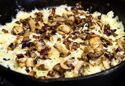 Gratin de ciuperci cu mozzarella