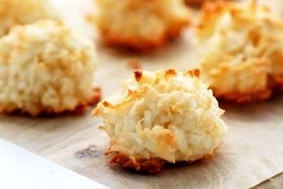 Prajiturele cu cocos si migdale