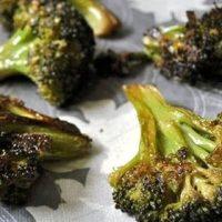 Broccoli cu aroma de usturoi