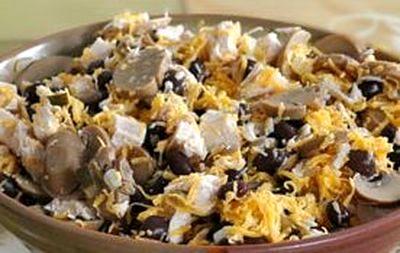 Salata de pui cu muraturi