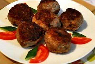 Chiftele cu porc si vita