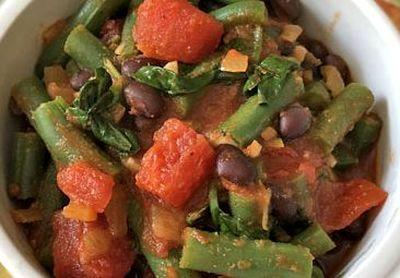 Sote de legume cu sos de rosii